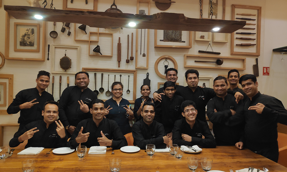 This Indian Restaurant Gives You a Crash Course in